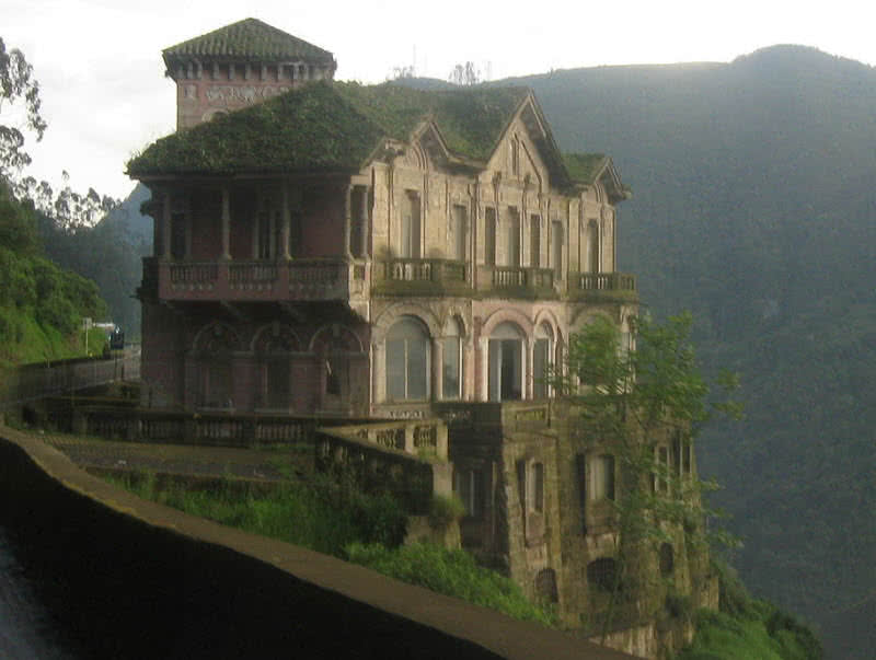 haunted Salto hotel